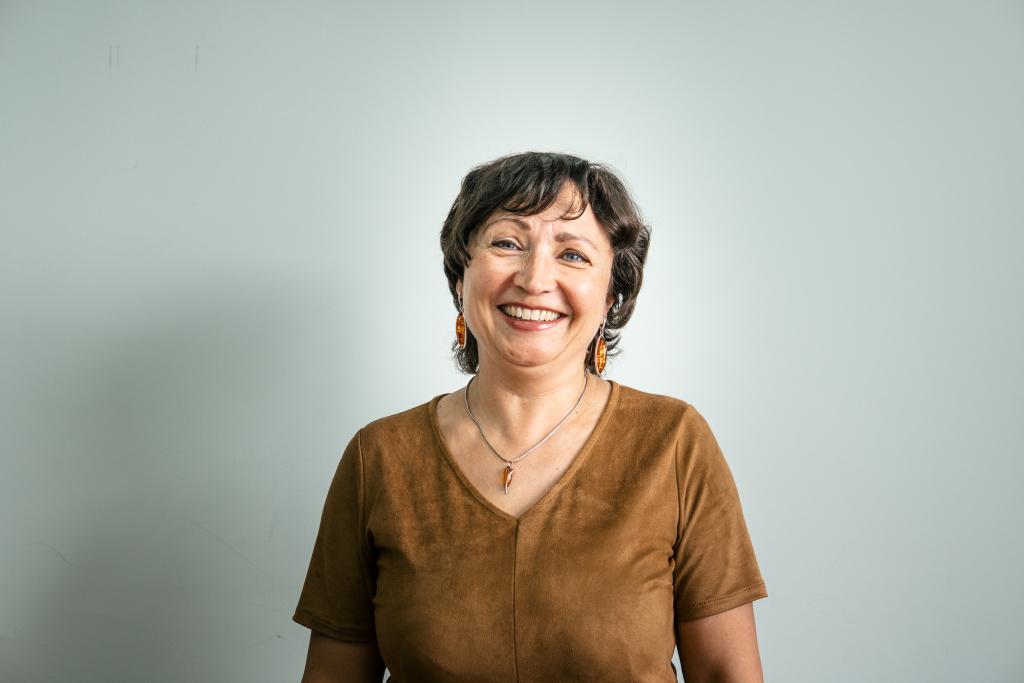 Лариса Ломовцева